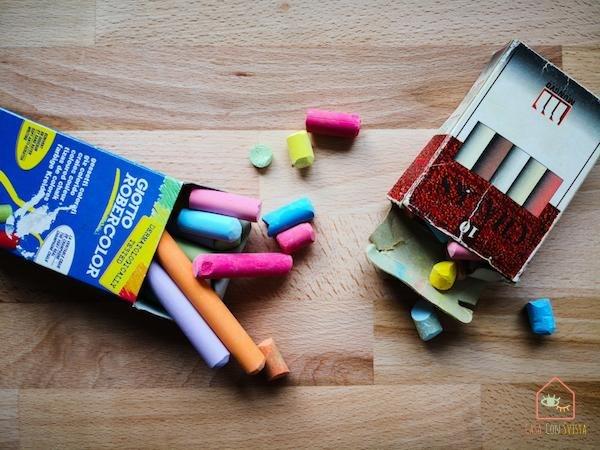 Chalkboard-playroom-diy20