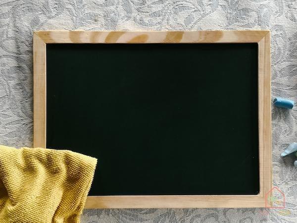 Chalkboard-playroom-diy8
