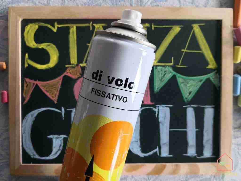 Chalkboard playroom diy spray fissativo
