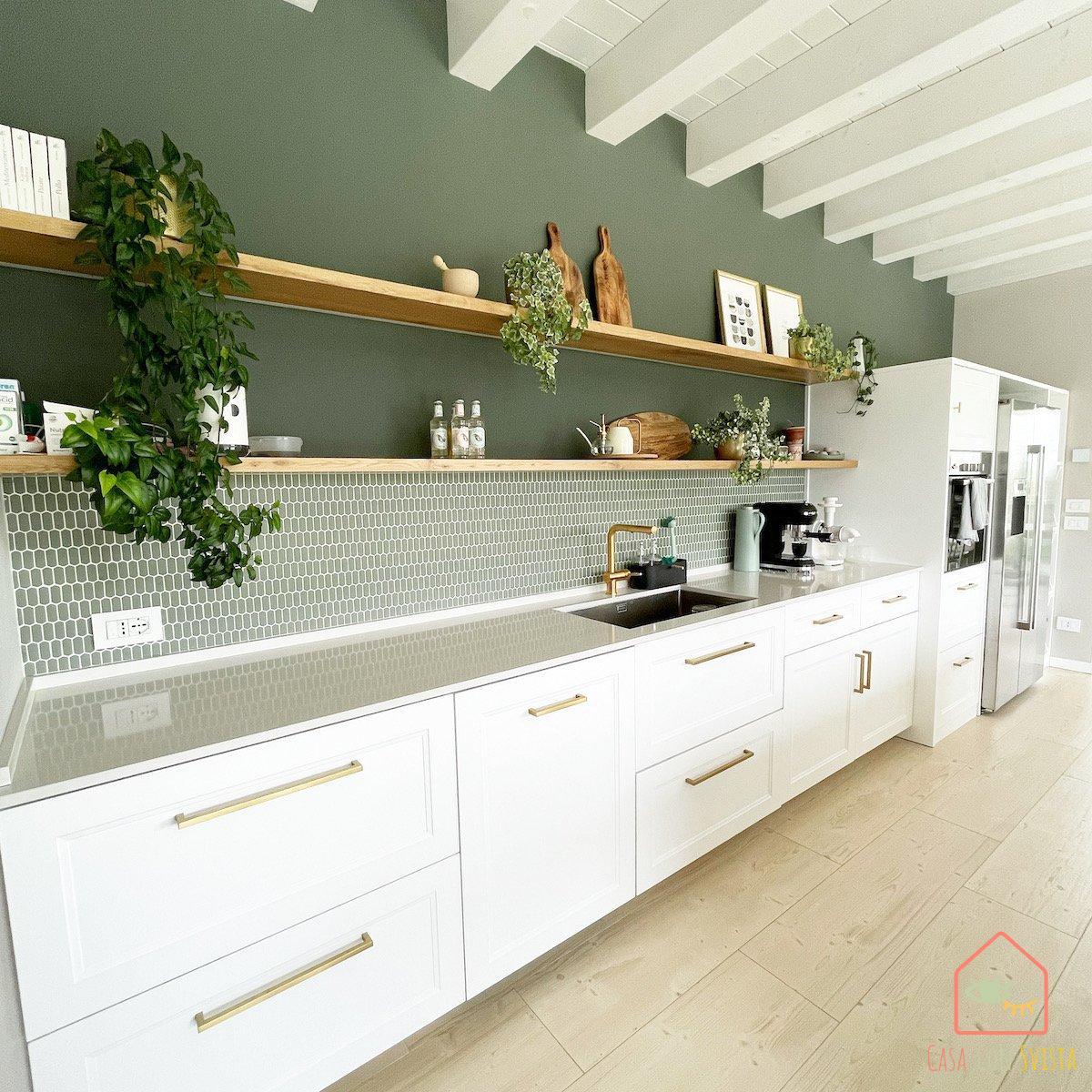 cucina-casa-verde-salvia