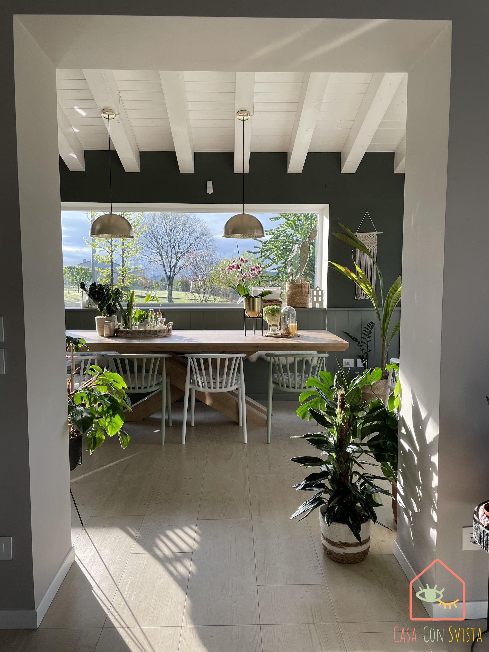veranda-tavolo-casa-verde-salvia